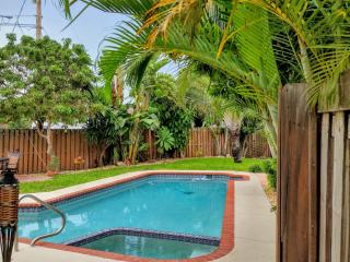 3/2 Waterfront Home Private Heated Pool & Hot Tub, Fort Lauderdale