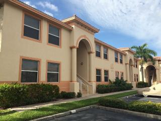 Perfect Get Away Condo Close To Beaches, Fort Myers