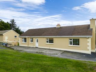 CALLAUGH, single-storey, solid fuel stove, games room, parking, garden, in Abbeyfeale, Ref 927159