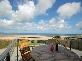 SANDS Bungalow in Hayle, St. Ives