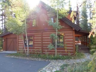 Enjoy this Chalet perfect for summer with outdoor fireplace on the wrap around deck., Donnelly
