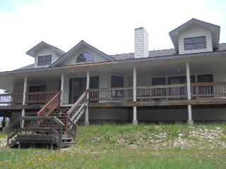 Sure to be a Family favorite year after year close to lake, a wonderful place to spend your summer vacations., Donnelly