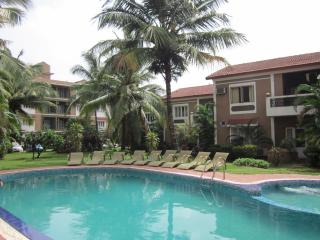 FF-1 APARTMENT 2 BEDROOMS WITH SHARED POOL, Candolim