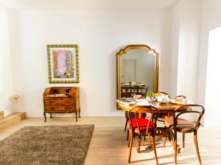 Freudian Sleep Vienna Apartments-centrally located