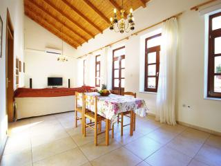 Large detached holiday home in Old Town, Rethymno, Rethymnon
