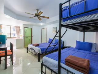 Three-Bedroom Apartment for 17 (L), Patong