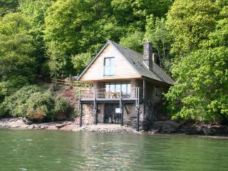 C617 - Sandridge Boathouse, Stoke Gabriel