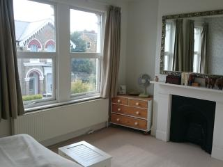 Double rm w private bathroom Twickenham