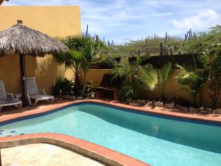 Aruba Villa with private pool, 3 min. from beach, Noord
