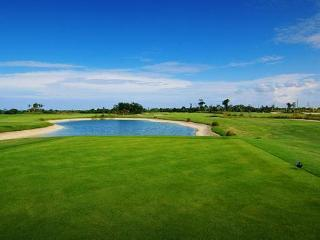 NEW! 3 bedroom - Punta Blanca Golf & Beach, Punta Cana