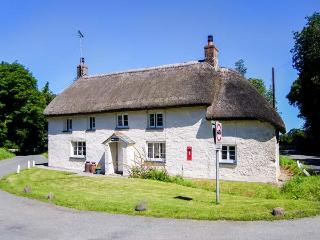 PRIORY COTTAGE, semi-detached, woodburner, parking, patio, pet-friendly, in Okehampton, Ref 925073