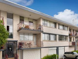 Two Bed Apartment with balcony in Balmain