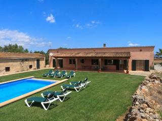 Attractive 4 bedroom villa in Muro - MUO0002