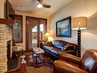 Bluesky 407 Premium Ski-in/Ski-out Condo Breckenridge Vacation Rental