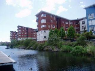 2 Bed Ground Floor Apartment, Cardiff