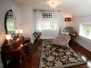 Gorgeous Country Cottage On Scenic Monocacy River, Emmitsburg