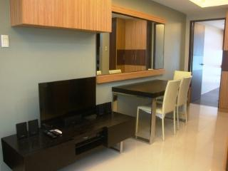 Greenbelt Chancellor 11i - One Bedroom Apartment, Makati