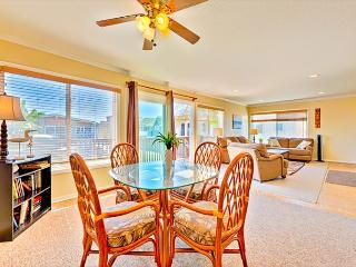 Family Vacation Location - Upper Unit, Ocean Views,Ocean Breeze Condo, Newport Beach