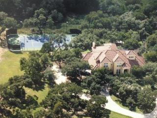 Vacation in your own private Tennis Resort, San Antonio