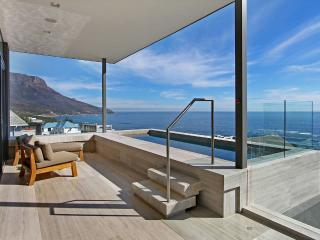 Hamaya, Sleeps 8, Camps Bay