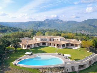 Le Manoir, Sleeps 10, Frejus