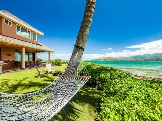 Turtle Point Hale, Sleeps 9, Kailua
