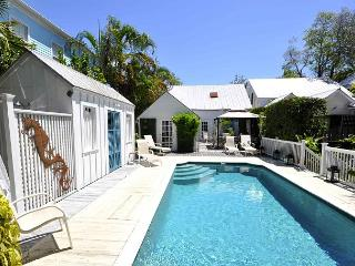 Elizabeth Retreat: A three bedroom historic home in Old Town, Key West