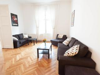 Classic apartment in the heart of the city, Budapest