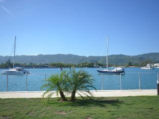 Paradise Bliss By the Sea, Montego Bay 4 BR