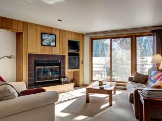 Walk to the Slopes from this 1BR, Keystone