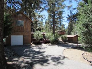 #087 Sherwood Cabin, Big Bear Region
