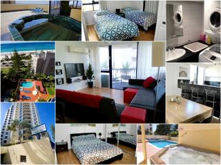 AWESOME unit in Surfers Paradise