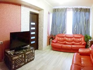 Cozy, clean 4-bedroom apartment is located in the, Kiev