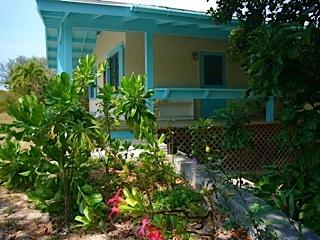 Bahamas, Eleuthera: Sand Dollar Cottage, Governor's Harbour