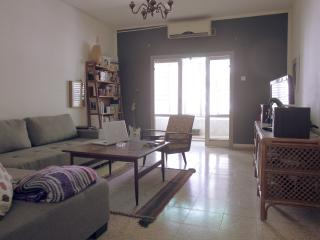 *** Sublet in Central Tel-Aviv!!! 8/10-5/11, Tel Aviv