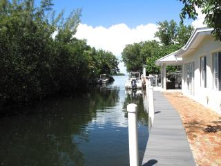 Waterfront Key Largo Bayside Cottage Paradise