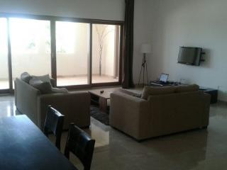 Jebel Sifah - Marina View 3 BDR Apartment, Mascate