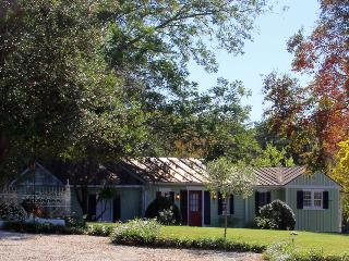 Willow Cottage at 1812 Hitching Post, Harmony