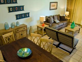 Newly Remodeled 2 Bedroom  Villa in Crescent Beach with private Ocean View balcony(CB227), Humacao
