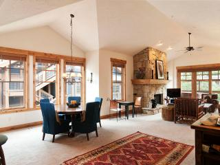Town Pointe Luxury  3BR/BA condo mt.views,, Park City