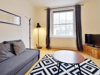 Camden Regents Park Private Garden Apartment, Londres