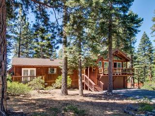 Dollar Point amenities, dog friendly, close to private beach, Tahoe City