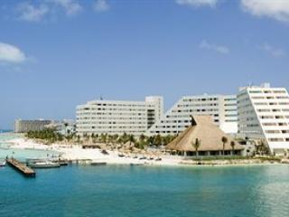 Grand Oasis palm by Lifestyle, Cancún