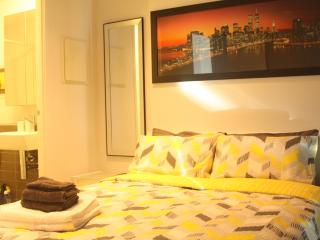 Luxury Apartment in CBD with Amazing Sewview, Melbourne