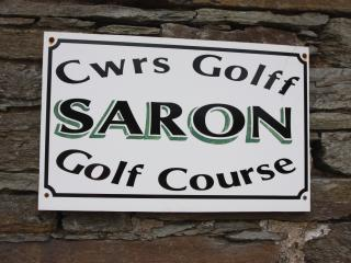Lovely 3 Bed Cottage & Use 9 Hole Golf Course FREE, Newcastle Emlyn