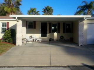 NEWLY RENOVATED ON GOLF COURSE, Auburndale