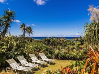 Kauai Gardens Estate; Outdoor Hot Tubs, 1.5 Acre,, Anahola
