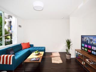 Awesome, New 2BR Townhouse Downtown, Sunnyvale