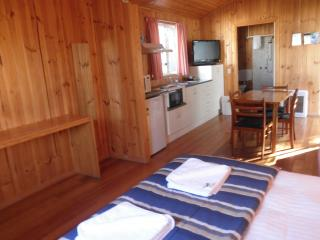 Disabled Cabin, Strahan