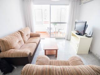 Big flat in Malaga city for 5  persons 2 rooms